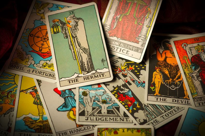 The Hermit Tarot Card Correspondence in times of Quarantine